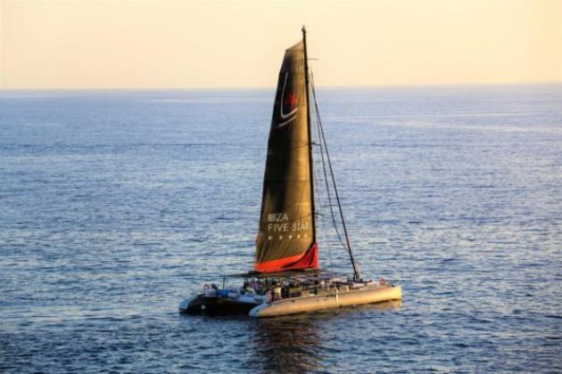 catamaran day charter